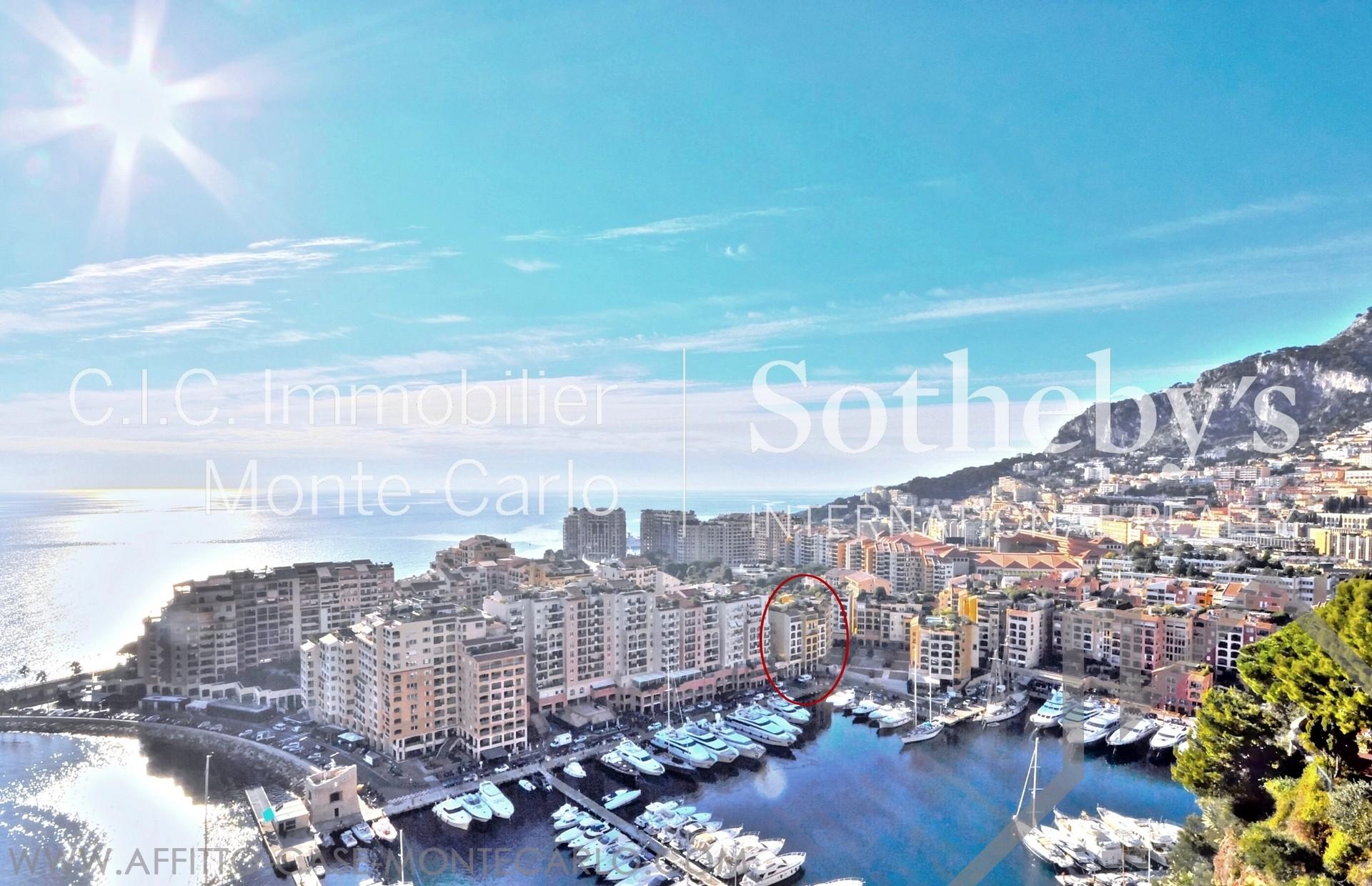 Bello monolocale sul porto di fontvieille appartamenti for Porto montecarlo