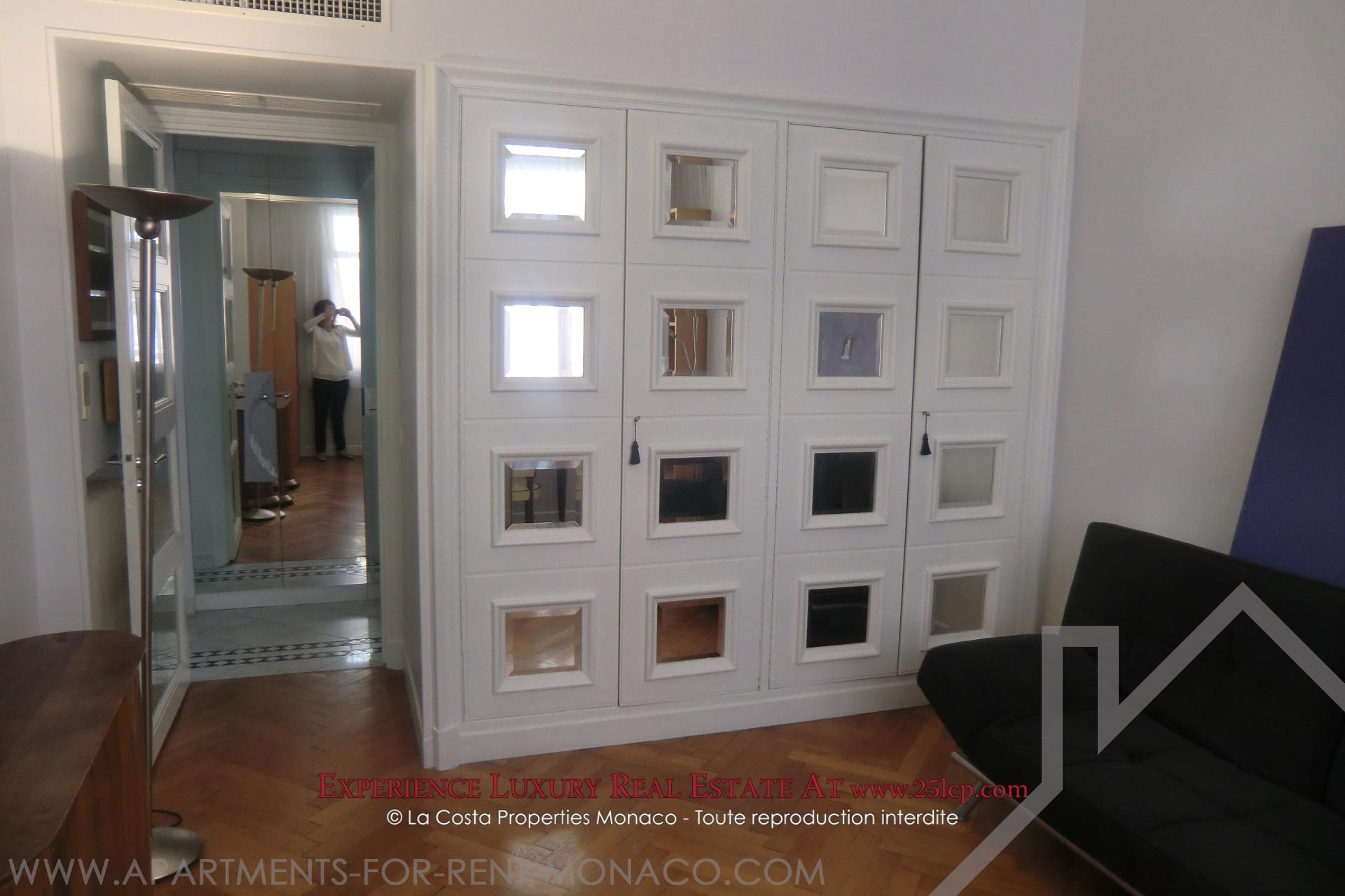 Giardino esotico 3 camere in affitto appartamenti da for Camere affitto